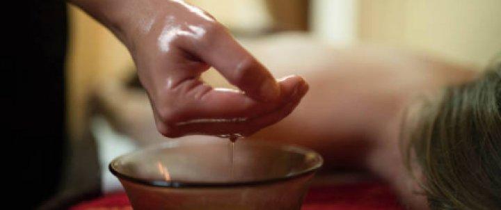Massatge Shiro-Abhyanga Ayurvèdic