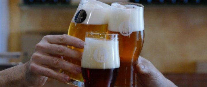 Calça't les botes i vine a VEURE cervesa! Visita guiada Art Cervesers